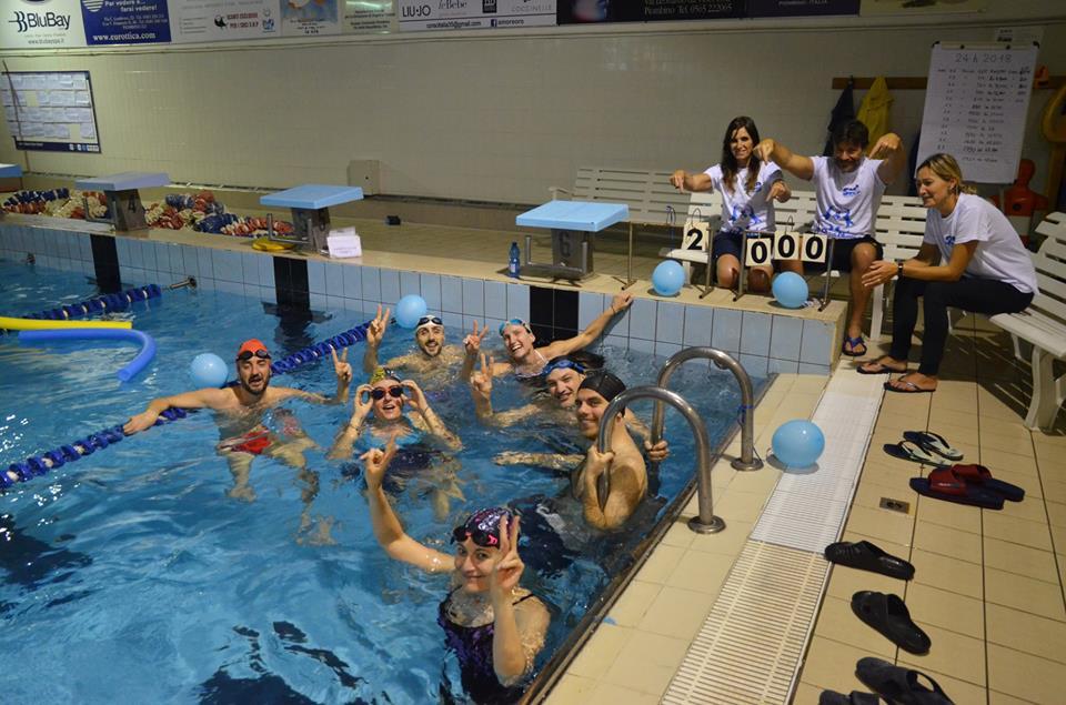 Gruppo Giovani Avis alla 24h di nuoto